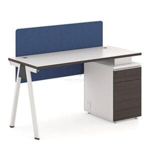 ชุดโต๊ะทำงานพร้อมฉากกั้น แผ่นกันโป๊ และ Privacy Screen ในตัว พร้อมตู้เก็บเอกสาร