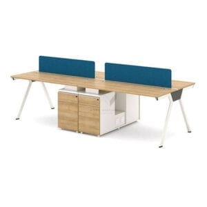 โต๊ะ 4 ที่นั่งพร้อมตู้กลาง