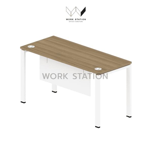 โต๊ะทำงานสีน้ำตาล โต๊ะทำงานพร้อมเจาะรูสายไฟ