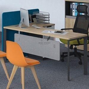ห้องทำงานที่ตกแต่งด้วย โต๊ะทำงาน W2WS-WH-26MKH006 หรือ W2WS-WH-26MKH00ถ