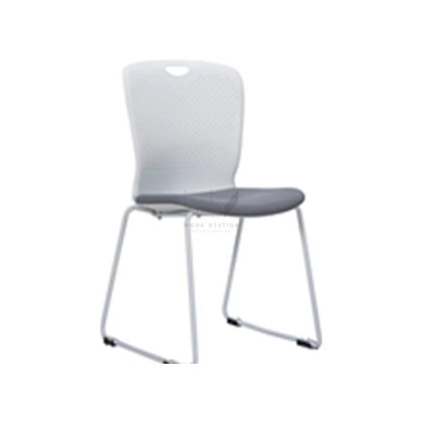 เก้าอี้อเนกประสงค์สีขาวล้วน