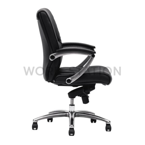 เก้าอี้สำนักงานสีดำ รุ่น 011B เก้าอี้หนัง เก้าอี้ผู้บริหาร