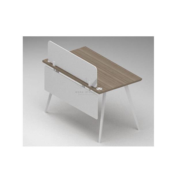 โต๊ะพร้อมแผ่นกั้นบน-ล่าง
