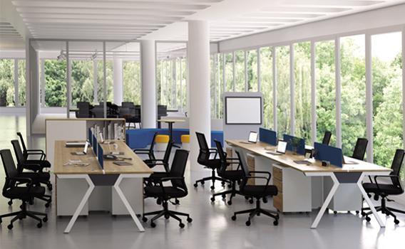 ตกแต่งห้องโทนสีสว่าง ด้วยโต๊ะสำนักงาน เฟอร์นิเจอร์สำนักงาน